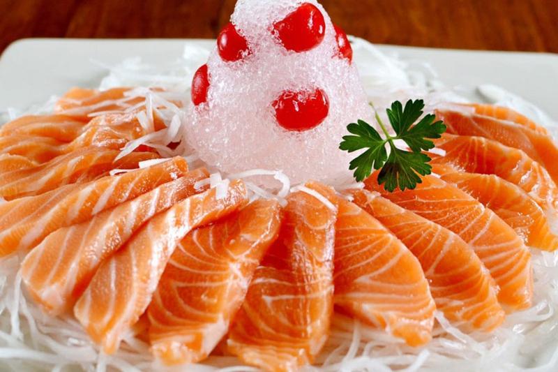 5 món cực sang chảnh từ cá hồi giúp bữa tiệc đám hỏi thêm ấn tượng