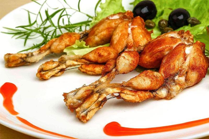"""Cách món ngon từ ếch làm """"điên đảo"""" thực khách trong dịch vụ nấu tiệc"""